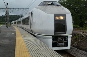 651系普通電車